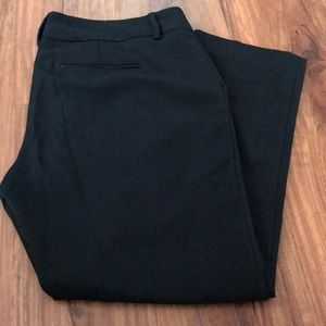 Black cropped New York and Company pants